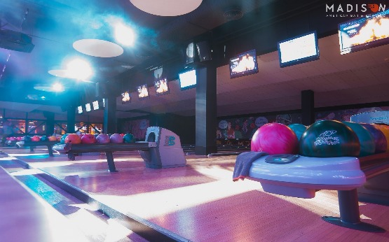 MADISON American bar & Bowling